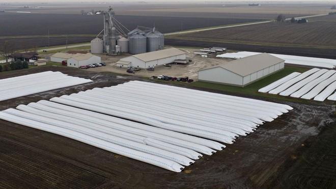 Algumas regiões americanas dobrarm a utilização de silo-bags para guardar a nova safra de grãos   Daniel Acker/Bloomberg