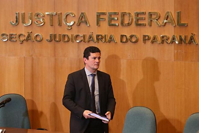 Sergio Moro pediu exoneração da magistratura para assumir o cargo de ministro da Justiça do governo Bolsonaro. | Albari Rosa/Gazeta do Povo