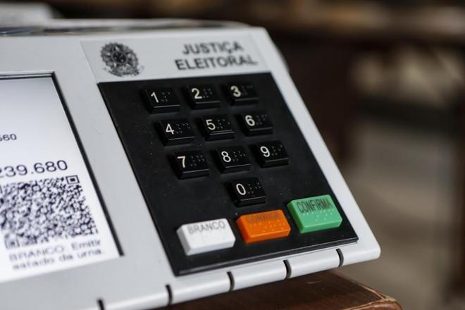 Candidatos desembolsaram cerca de R$ 4 por voto válido para governador do Paraná. | André Rodrigues/Gazeta do Povo