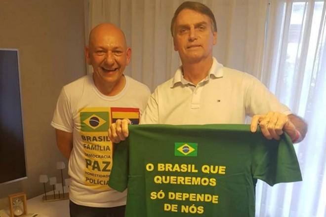 A ação menciona que, em um dos atos de presença obrigatória para os trabalhadores, Hang fez a defesa de Jair Bolsonaro (PSL), constrangendo os funcionários da empresa a votar nele | Divulgação/Facebook