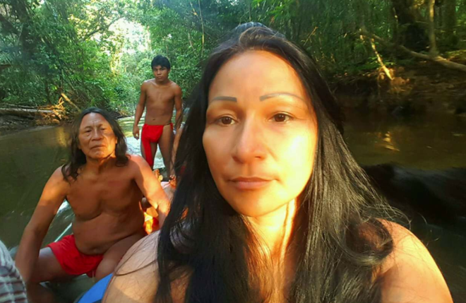 Silvia Nobre nasceuna aldeia da etnia Waiãpi, no Amapá, na fronteira com a Guiana Francesa . Aos 3 anos, foi adotada por uma família de Macapá. | Reprodução/Facebook