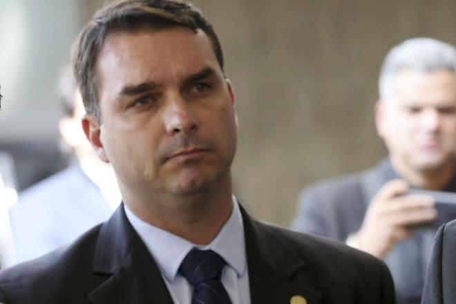 Na foto, Flávio Bolsonaro, filho do presidente eleito. | Wilson Dias/Agência Brasil