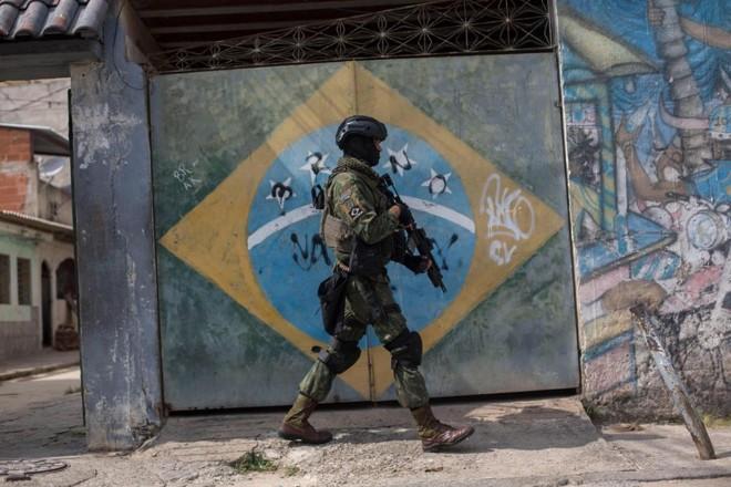 O Ministério da Segurança estima que existam em torno de 70 organizações criminosas organizadas no Brasil. Já o Anuário Brasileiro de Segurança Pública sinaliza a ação de ao menos 37 facções. | Mauro Pimentel/AFP