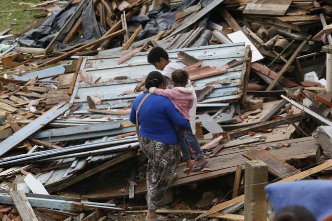 Material de construção é o principal pedido da Defesa Civil para os moradores de Itaperuçu. | Lineu Filho/Tribuna do Paraná