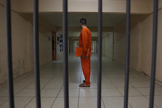 Governo termina sem ter cumprido a promessa de aumentar a capacidade do sistema penitenciário. | Albari Rosa/ Arquivo Gazeta do Povo