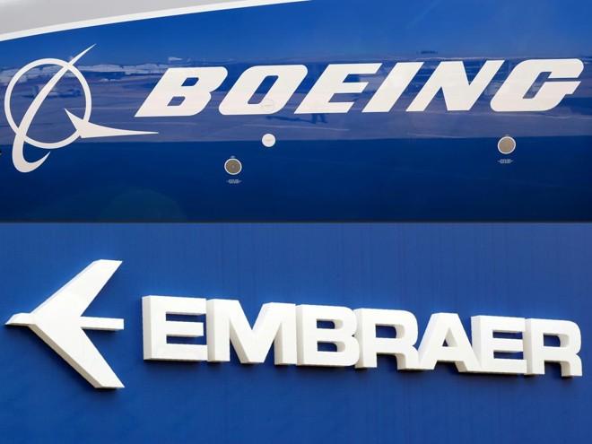 Boeing (EUA) e Embraer (Brasil): duas das maiores fabricantes de aviões do mundo   Eric Piermont/AFP