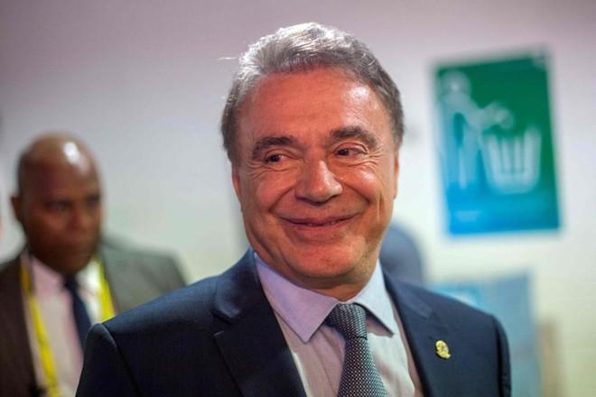 Alvaro Dias foi candidato a presidente da República com um discurso anticorrupção muito parecido com o de Jair Bolsonaro. | Daniel Ramalho/AFP
