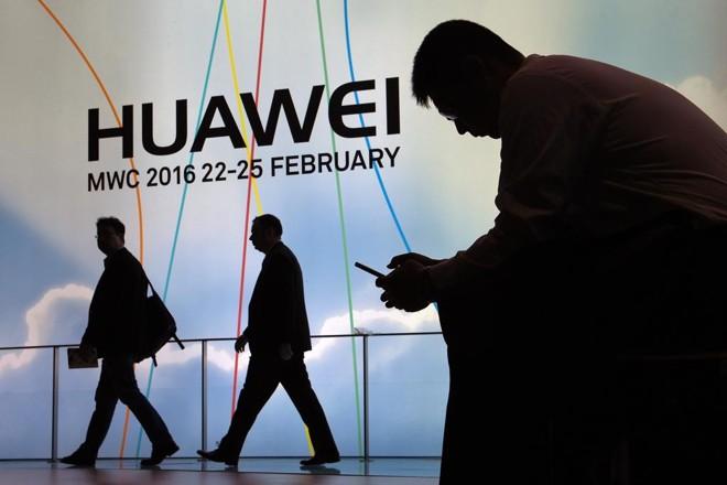 Huawei ultrapassou a Apple em venda de smartphones | LLUIS GENE/AFP