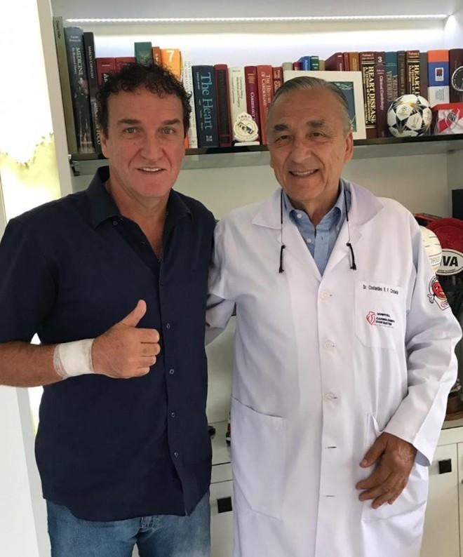 Cuca e o cirurgião Costantino Costantini   /Divulgação