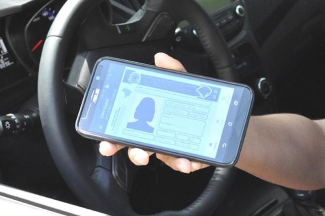 A CNH digital pode ser usada mesmo sem sinal de internet. | Divulgação