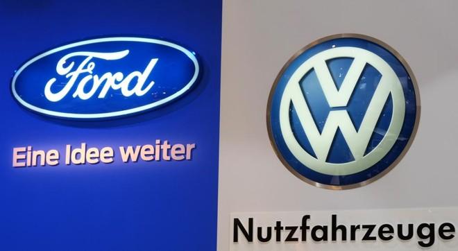Ford e VW devem aprofundar aliança iniciada em 2018 | PATRIK STOLLARZ/AFP/Arquivo