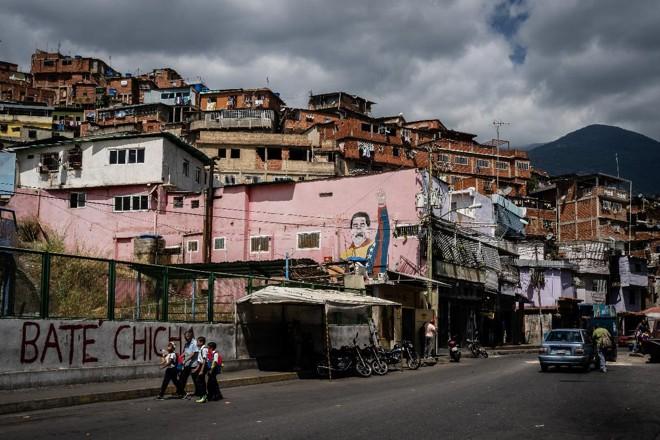 Bairro de José Felix Ribas na favela de Petare, em Caracas, Venezuela | Ignacio Marin /Bloomberg