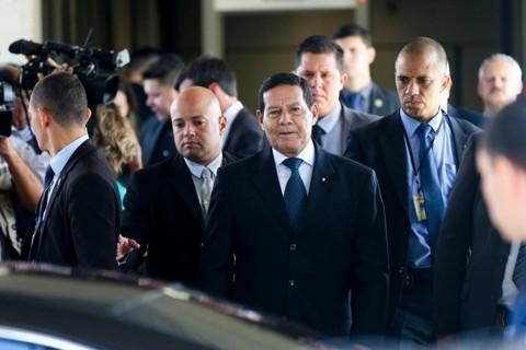 O gabinete de crise se reuniu na manhã desta segunda, capitaneado pelo presidente em exercício Hamilton Mourão. | José Cruz/Agência Brasil