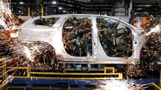 Robôs trabalham em planta 4.0 da GM nos EUA | Bill Pugliano/Getty Images/AFP