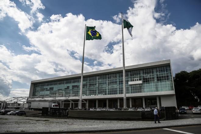 De acordo com o governo, objetivo é poder avaliar a situação financeira do estado | André Rodrigues/Gazeta do Povo