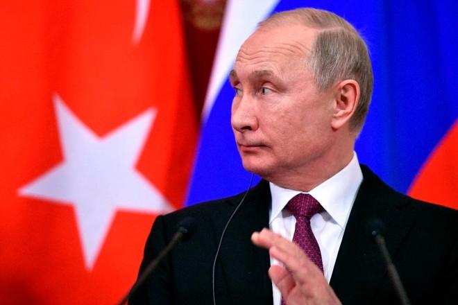 O presidente da Rússia, Vladimir Putin. O país já investiu cerca de US$ 25 bilhões na Venezuela | ALEXANDER NEMENOV /AFP