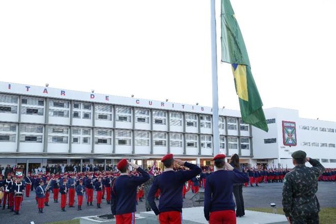 Colégio Militar de Curitiba: medida da USP foi vista como retaliação ao governo. | Aniele Nascimento/Gazeta do Povo