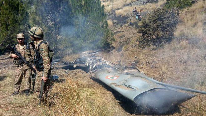 Aeronave da força Aérea da Índia foi abatida na Caxemira