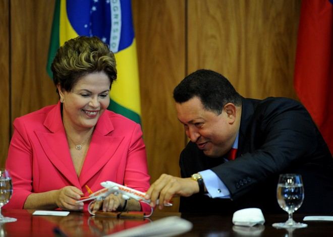 Dilma Rousseff e Hugo Chávez, que morreu em 2013. | Pedro Ladeira/AFP