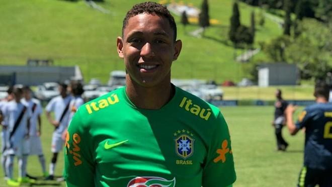 Goleiro Christian Esmério era uma das principais promessas da base do Flamengo | Instagram/