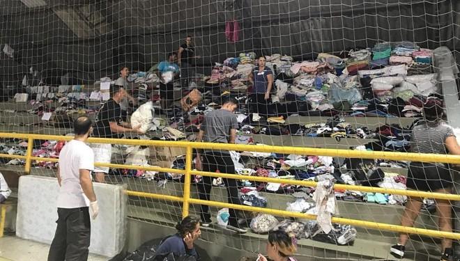 Desabrigados de Guaratuba estão no ginásio de esportes da cidade. | Prefeitura de Guaratuba/