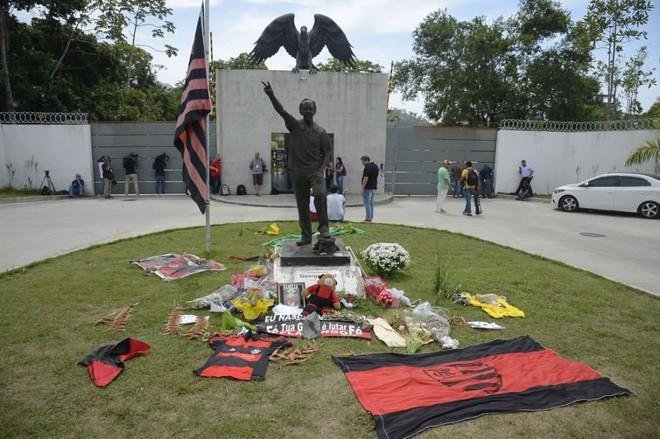 Homenagem aos jogadores vítimas da tragédia no Centro de Treinamento do Flamengo, o Ninho do Urubu. | /Foto: Tomaz Silva/Agência Brasil