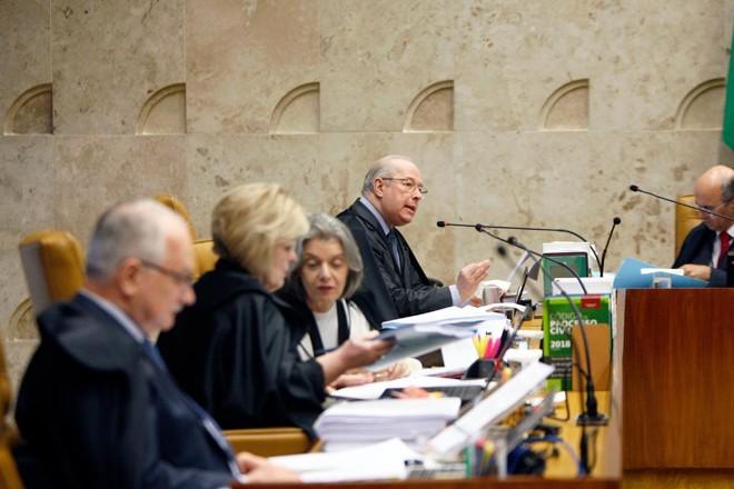 Ministros do STF durante a primeira sessão a respeito da criminalização da homofobia, no dia 13 de fevereiro de 2019. | Rosinei Coutinho/SCO/ STF
