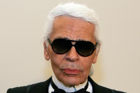 O estilista alemão Karl Lagerfeld era diretor artístico da Chanel | AFP/CARL DE SOUZA