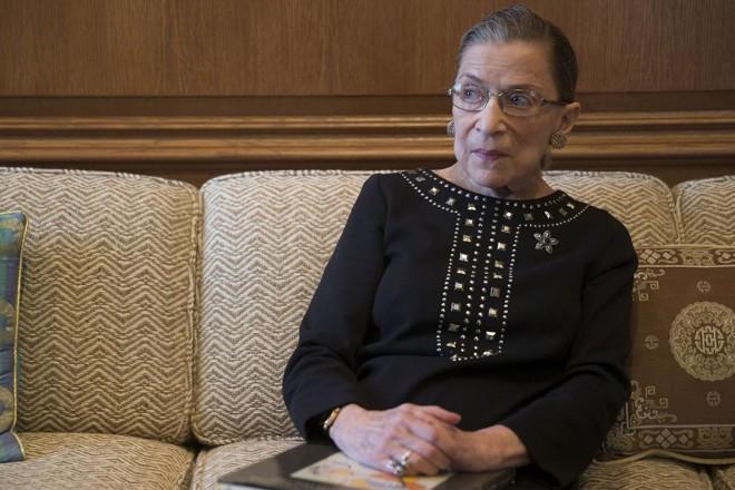 A ministra da Suprema Corte dos EUA Ruth Bader Ginsburg, em 2013. | Andrew Harrer/ Bloomberg