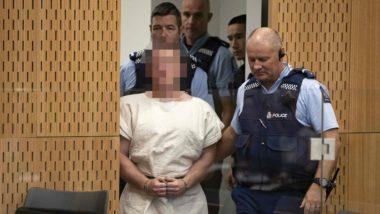 O terrorista Brenton Tarrant (sua face está editada por razões legais) comparece diante do tribunal onde ouviu a acusação de homicídio pela qual terá de responder.