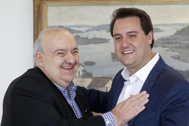 Greca, prefeito de Curitiba, e Ratinho Jr, governador do Paraná: aproximação após a campanha eleitoral. | Arnaldo Alves/AEN/ Divulgação