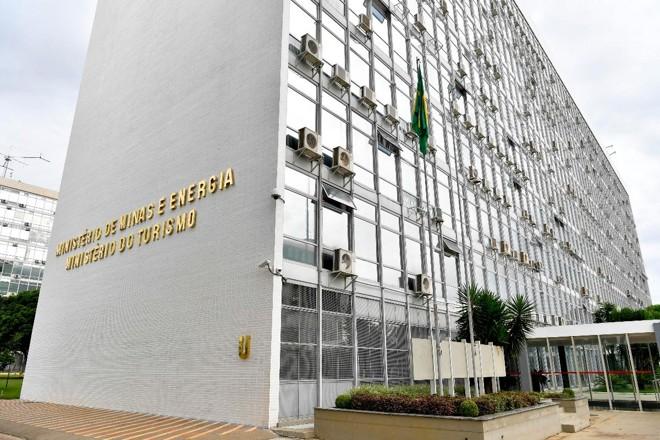 Minas e Energia e  Turismo estão entre os ministérios mais atingidos pelo corte do governo.   Geraldo Magela/Agência Senado