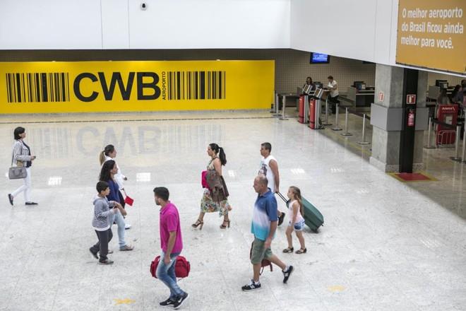 Aeroporto Afonso Pena, na Grande Curitiba. | Marcelo Andrade/Gazeta do Povo