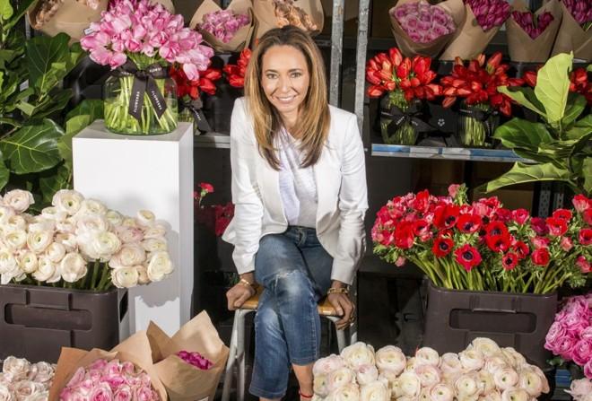 Whitney Bromberg Hawkings descobriu no mundo da moda uma maneira de empreender e gerar valor para um negócio bastante tradicional: floriculturas. | ALEXANDER COGGIN/NYT