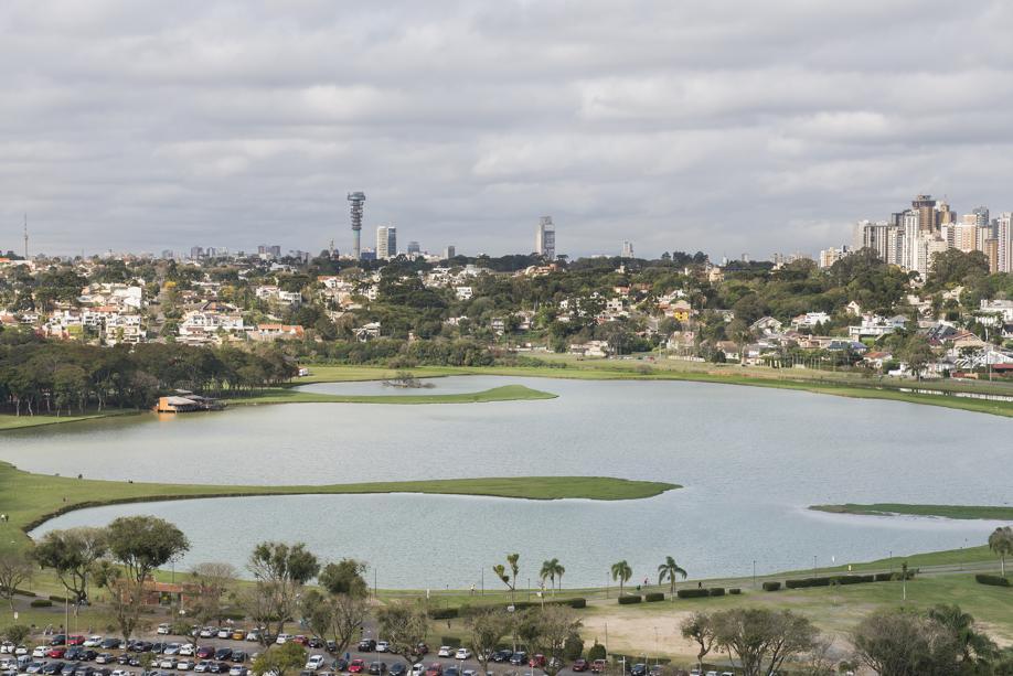 Alagamentos no Parque Barigui funcionam como válvula de escape, evitando transbordamento do rio em área urbana
