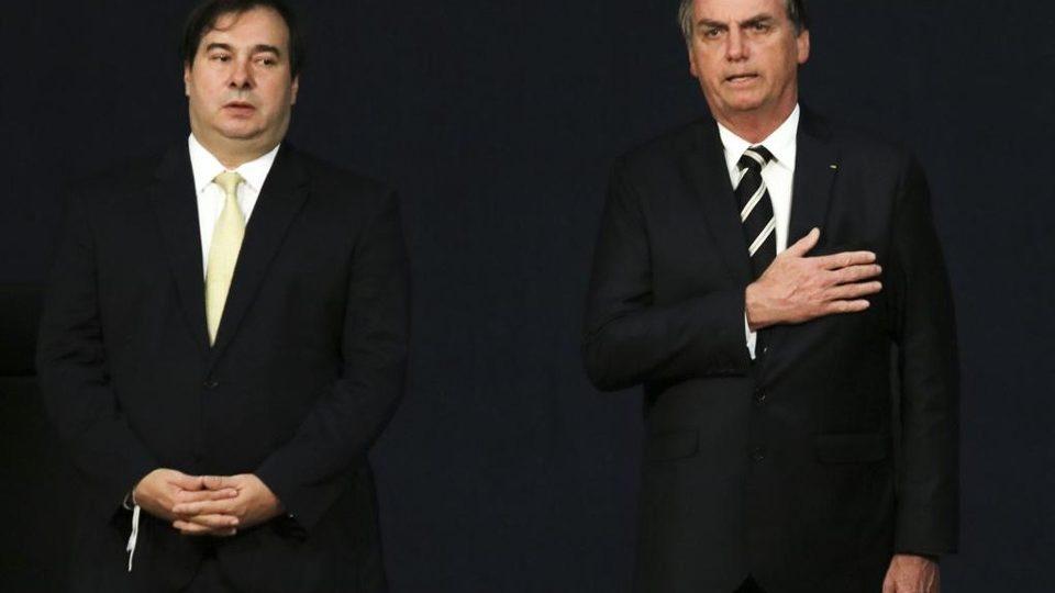 MPF abre inquérito contra Bolsonaro e Rodrigo Maia