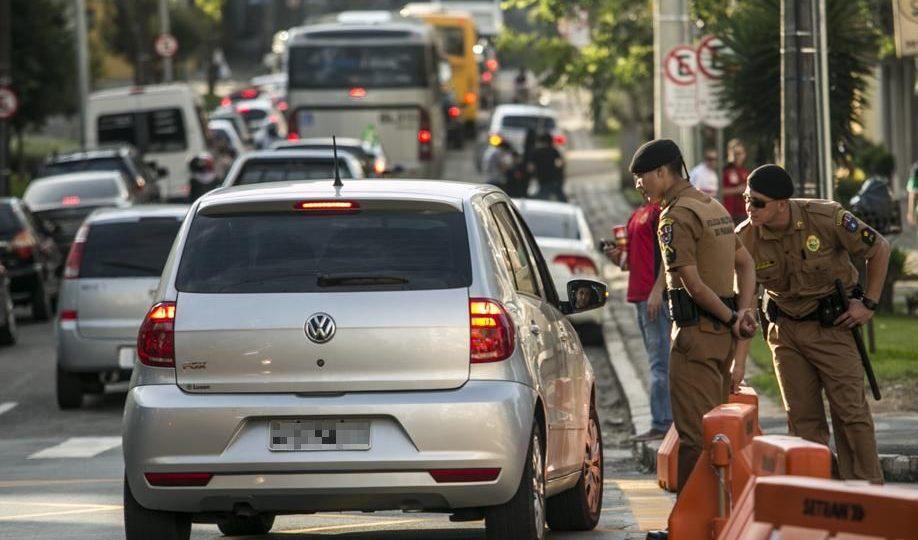 Com o dobro de PMs na ruas, Athletico x Boca Jrs bloqueia trânsito no Água Verde