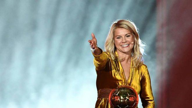 Ada Hegerberg, primeira vencedora da Bola de Ouro Feminina dada pela revista France Football. (Imagem: AFP)