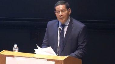 Hamilton Mourão fala durante a Brazil Conference, na Universidade de Harvard.