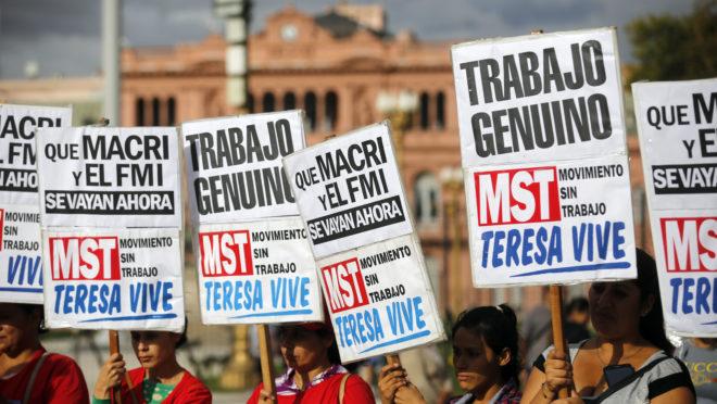 Manifestantes protestam em Buenos Aires contra a situação econômica do país. Foto: AFP