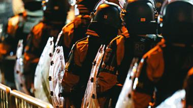 Policiais em Curitiba: aumento no efetivo é um desafio. Foto: Albari Rosa/ Gazeta do Povo