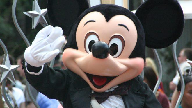"""Mickey e outros personagens atuam em uma sociedade """"fortemente capitalista"""" (Imagem: Pixabay)"""