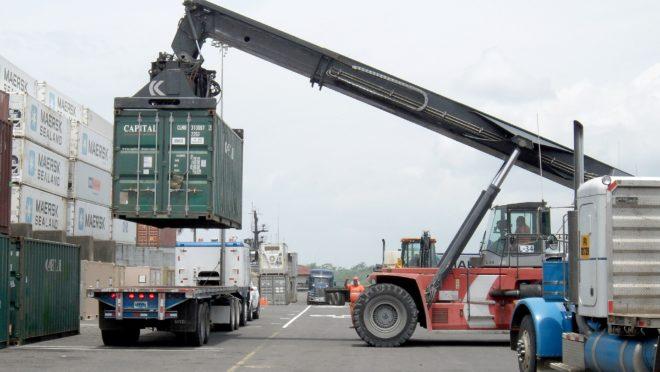 Consumo de importados no Brasil é o maior desde 2011