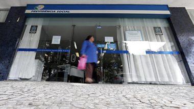 Fraudes nos benefícios passam pela utilização de documentos falsos e dificuldade no cruzamento dos dados de beneficiários (Foto: Albari Rosa/Gazeta do Povo