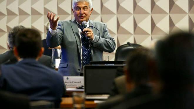 O ministro de Ciência, Tecnologia, Inovações e Comunicações, Marcos Pontes, em audiência pública na Comissão de Ciência, Tecnologia, Inovação, Comunicação e Informática do Senado.