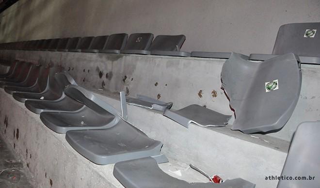 Cadeiras quebradas no Atletiba | Athletico Paranaense/Site Oficial