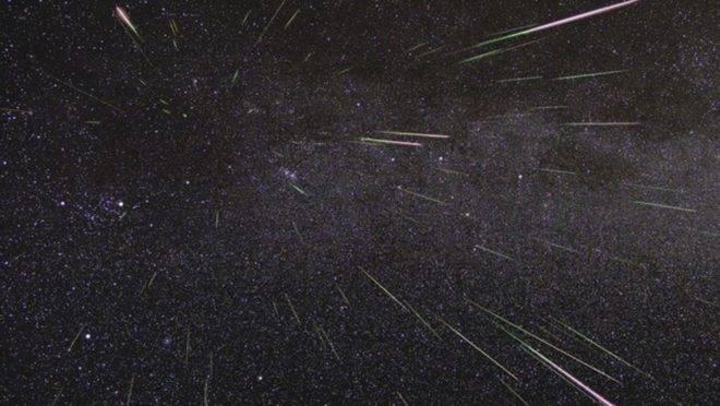 Meteoros fazem parte da poeira deixada pelo Cometa Halley