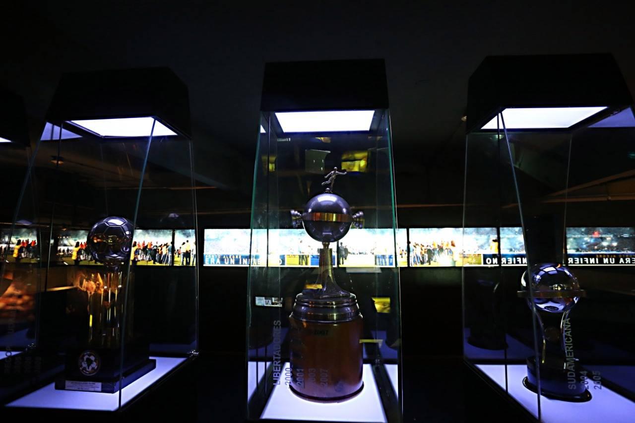Alguns dos troféus do Boca Juniors. Albari Rosa/Gazeta do Povo