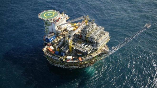 Plataforma de petróleo da Petrobras na Bacia de Campos. Foto: Geraldo Falcão/Divulgação