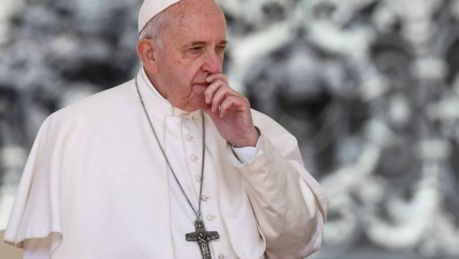 Papa Francisco emitiu decreto que obriga bispos a denunciar casos de abuso sexual
